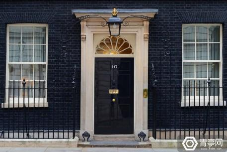 10downingstreet-featured-image-uploadvr