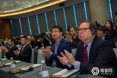 参加大会的外国专家。