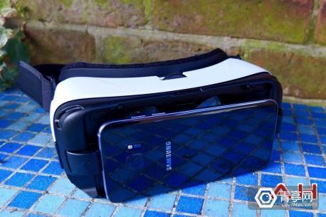 Samsung-Gear-VR-TD-AH-13-1600x1065