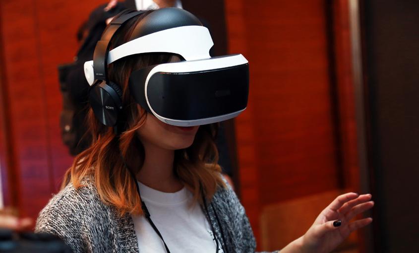 VR头盔真人体验(上):很爽很满足,12岁以下不能玩