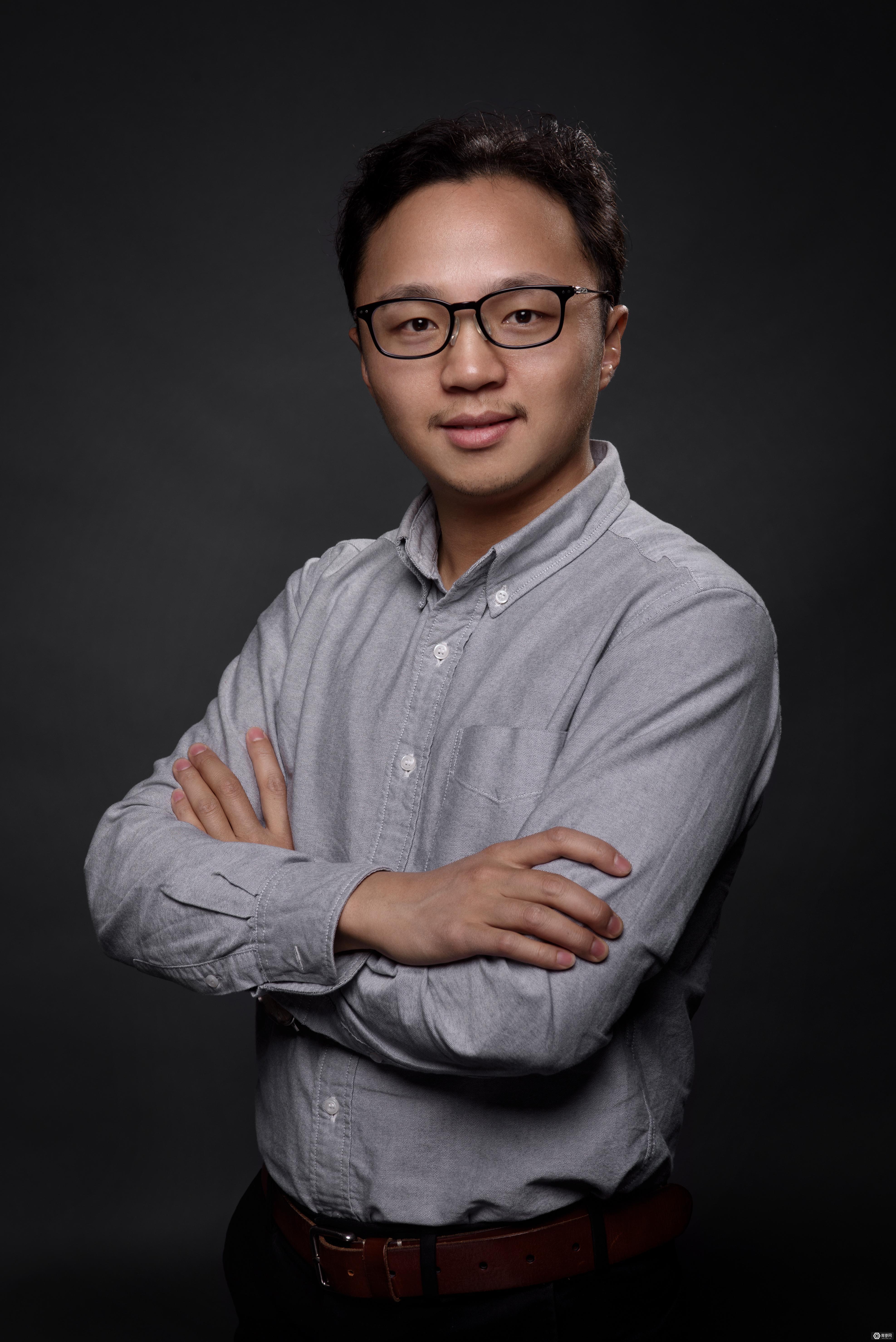 宋海涛博士  抬头:IDEALENS创始人 董事长