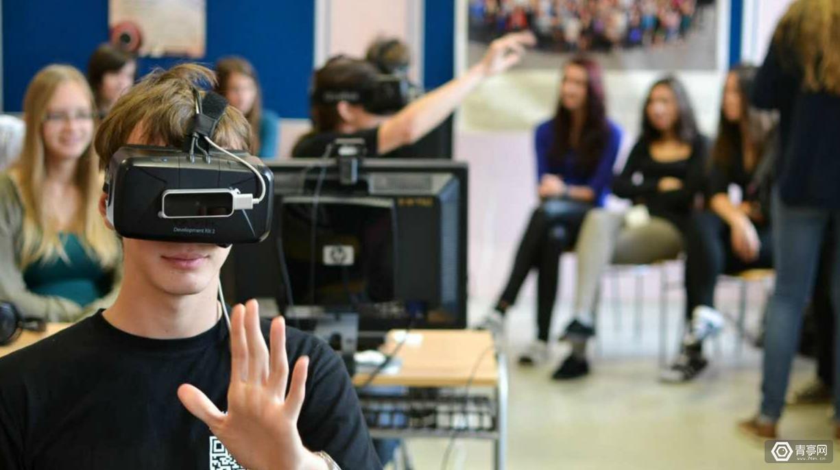 北理工教授李林英:运用VR技术的吸引力 让思想政治理论课活起来