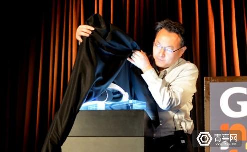 sony-project-morpheus-ps4-vr-headset-reveal-caption1-680x419