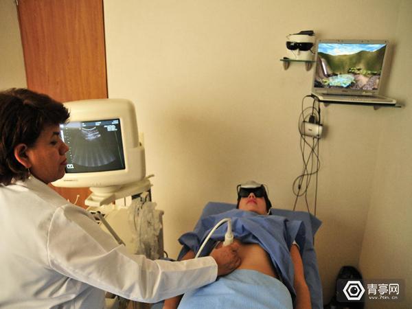 不用麻药,戴上VR头盔做手术居然能止痛!