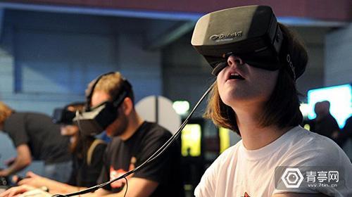 我们翻了20多年的文献专利,就为了搞清楚VR从爆火到爆冷的秘密