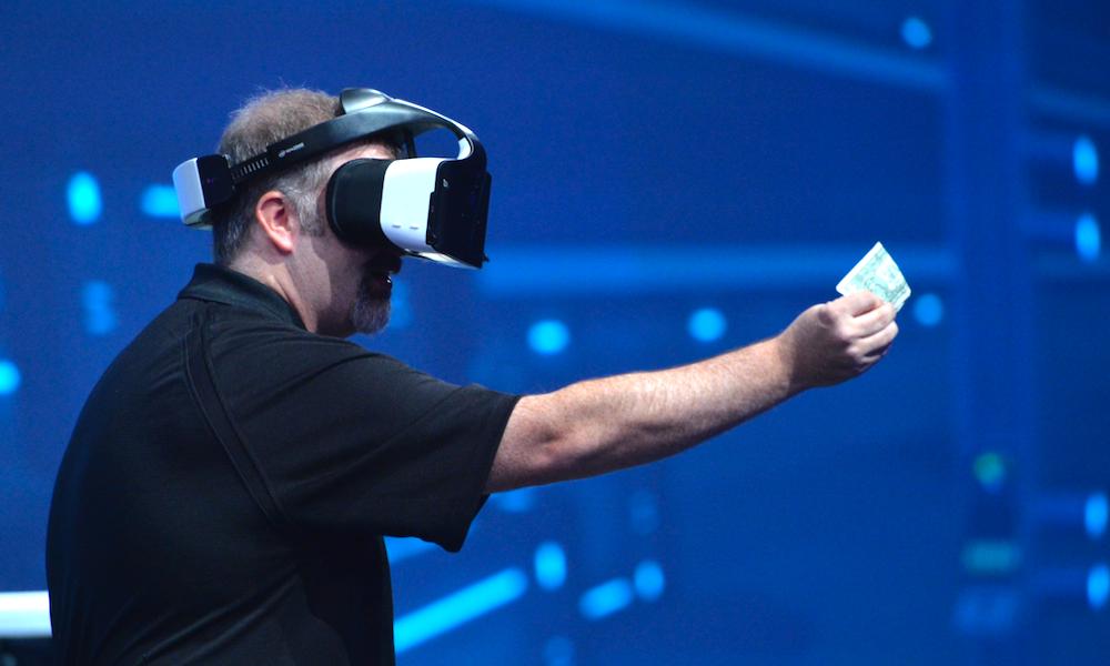 英特尔Alloy VR一体机,今年将由神秘第三方大厂发货