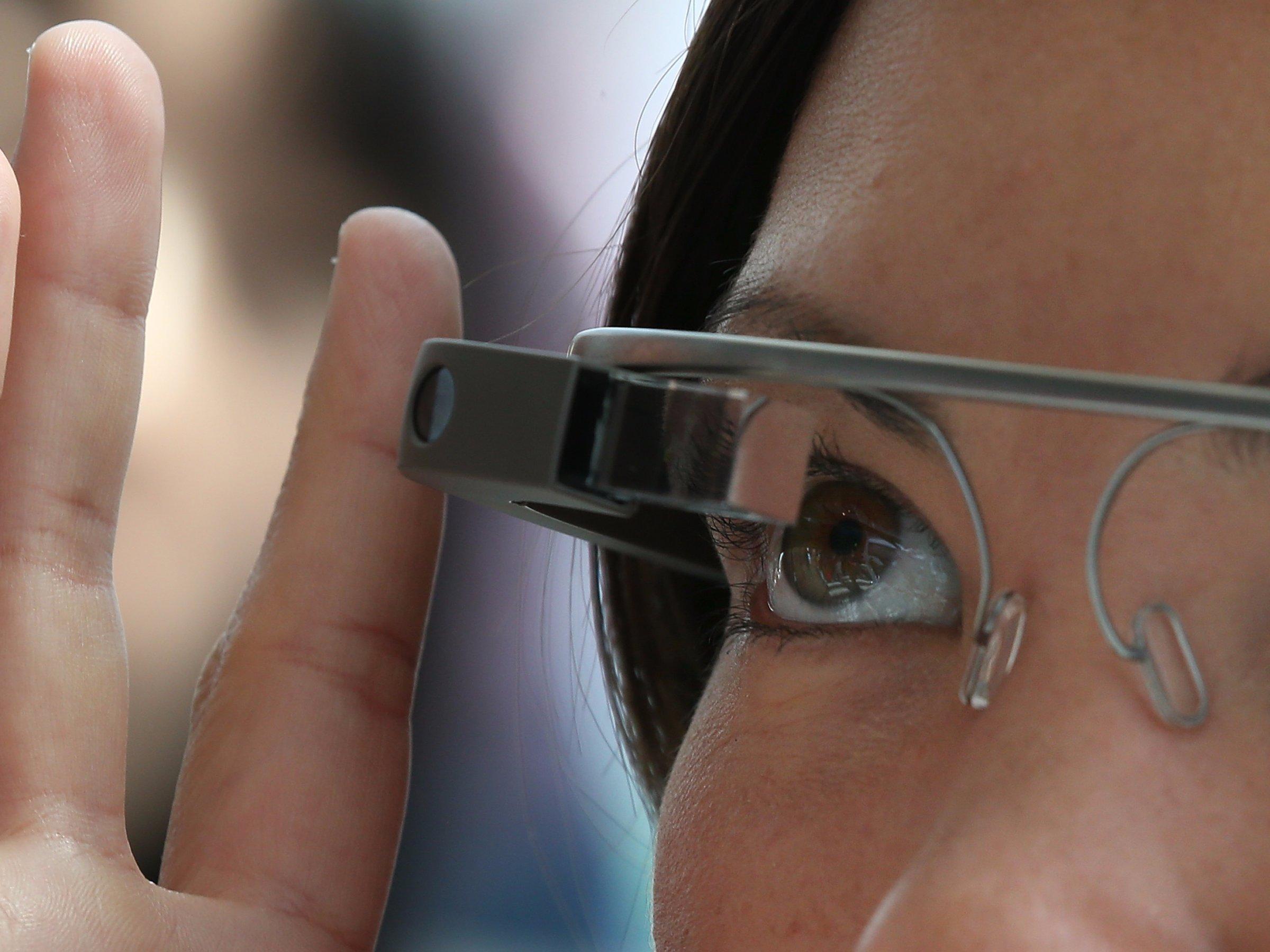 揭秘Facebook最神秘部门:从AR眼镜到无人机包罗万象!
