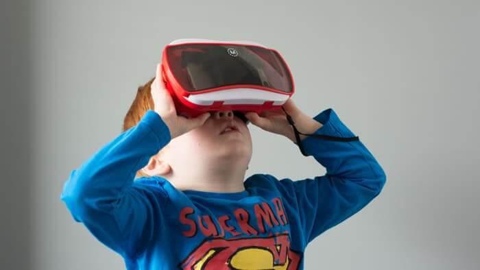 "VR里""百度""该具备哪些功能?这家公司想要做VR里的搜索引擎"