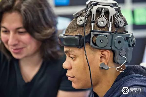 创业公司新技术:可用意念控制VR游戏