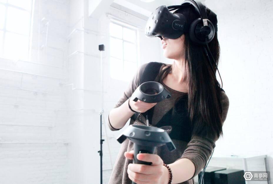 恐高症者慎入,自从玩儿了VR,妈妈再也不担心我不敢跳楼了