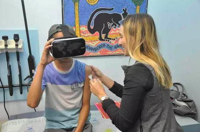 VR打针套路深,妈妈再也不用担心宝宝打针不配合了!