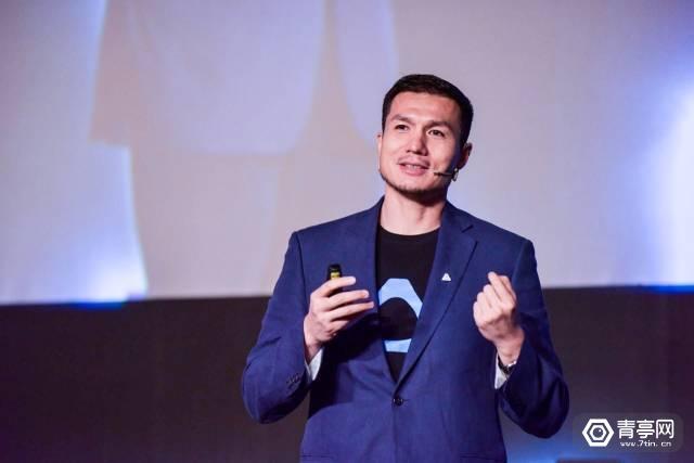 对话汪丛青:不只是一体机和亚瑟王,VR会在十年内改变世界