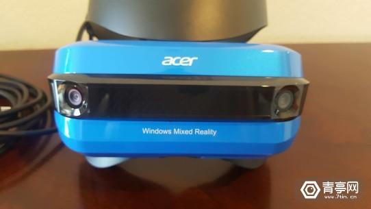 Acer-VR-headset-2