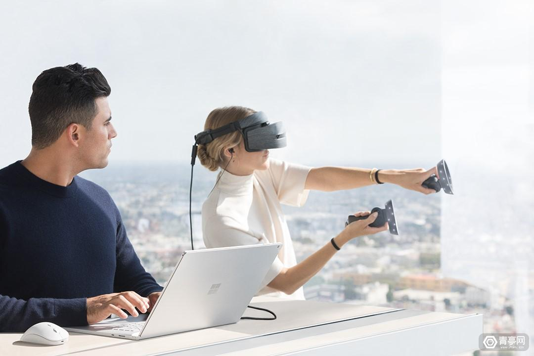 微软MR头显今日开售,Win 10秋季更新亮点多,Surface新品最意外