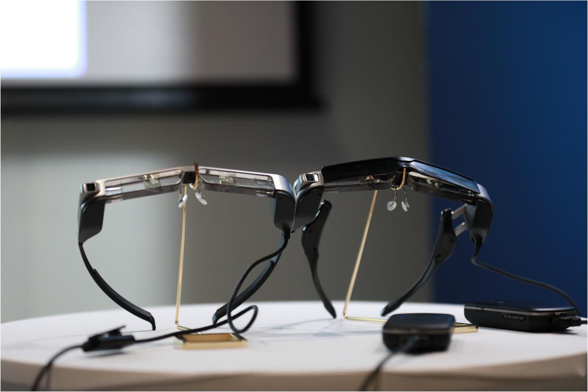 多年技术沉淀,破壳AR显示,爱普生消费级AR眼镜明年正式开售