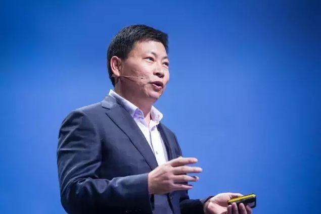 余承东:华为终端17年销售收入增30%,将在AI、AR/VR领域大胆尝试
