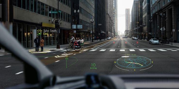 WayRay公司CES展示全息AR挡风投影设备,视野更广显示更清晰