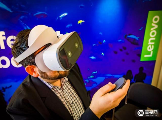"""2018年VR头显的最大变化:""""无线""""方案将成主流?"""