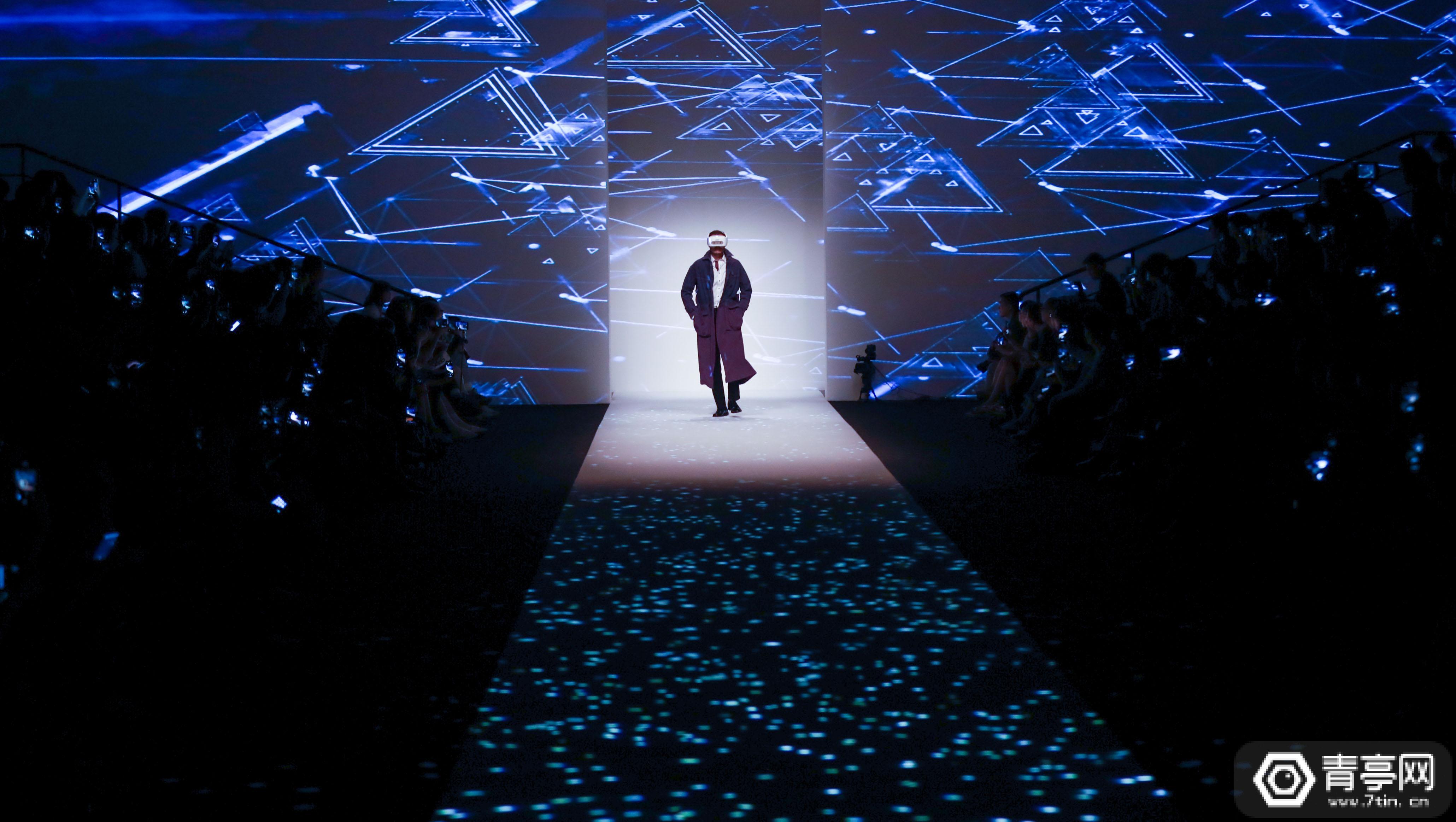 VR跨界时尚,HTC VIVE亮相上海时装周,首次实现VR走秀