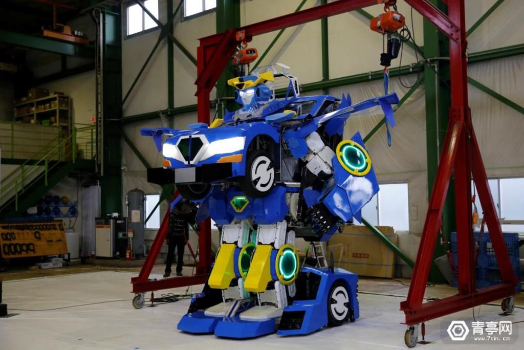 "New transforming robot called ""J-deite RIDE"" that transforms itself into a passenger vehicle, developed by Brave Robotics Inc, Asratec Corp and Sansei Technologies Inc, demonstrates during its unveiling at a factory near Tokyo"