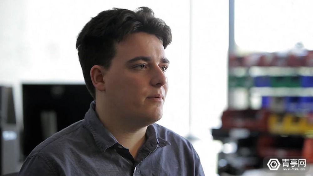 Palmer Luckey研发晕动症解决方案,并将于年底公开源代码