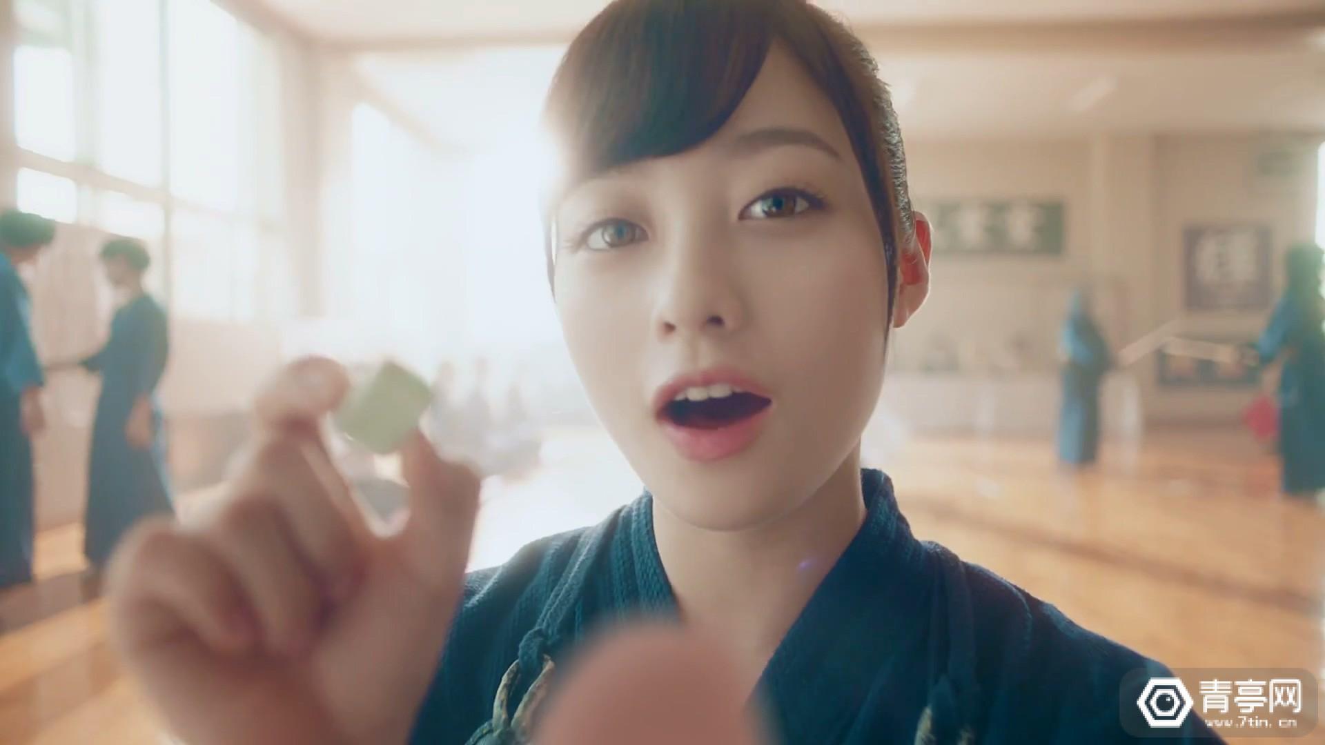 """桥本环奈""""4D吃糖""""VR设备升级,美少女强势喂糖"""