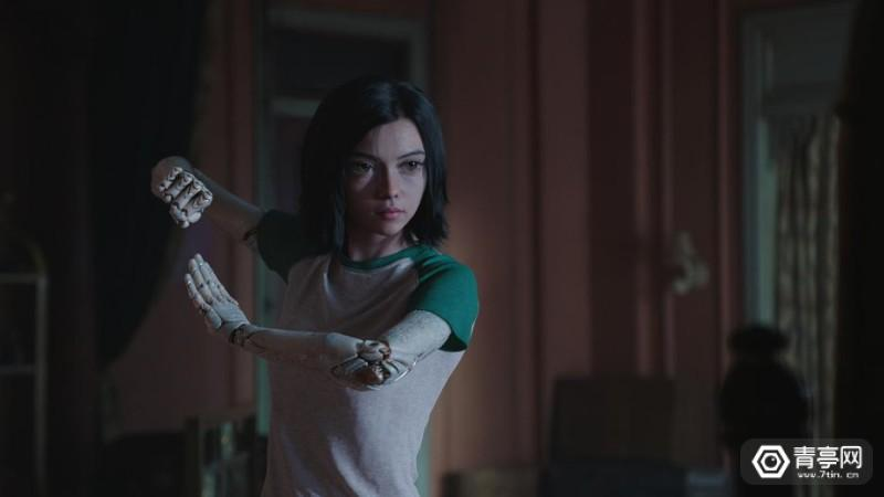 alita-battle-angel-epk-aba-062-dau-0060-v0409-87501-rgb