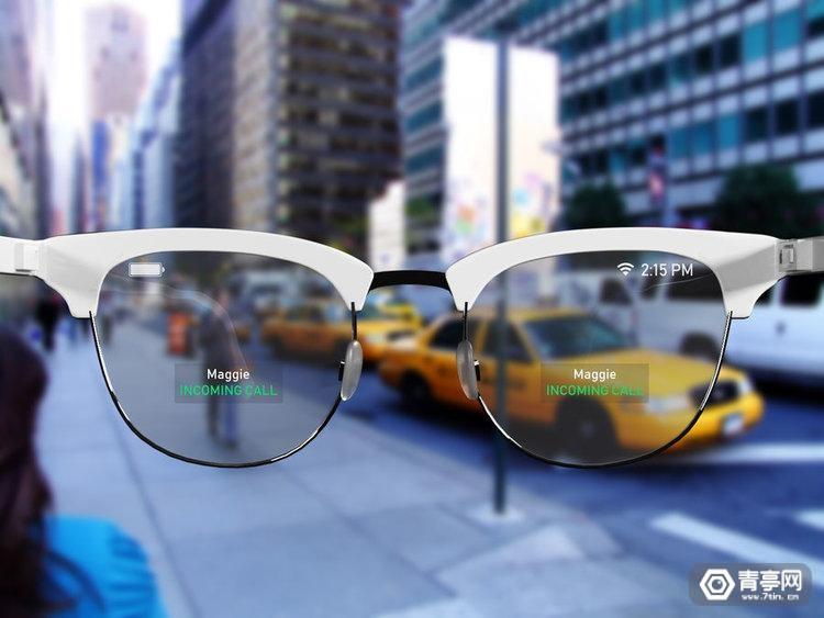 当我们期待智能眼镜时,这家公司竟提出不用屏幕的AR技术