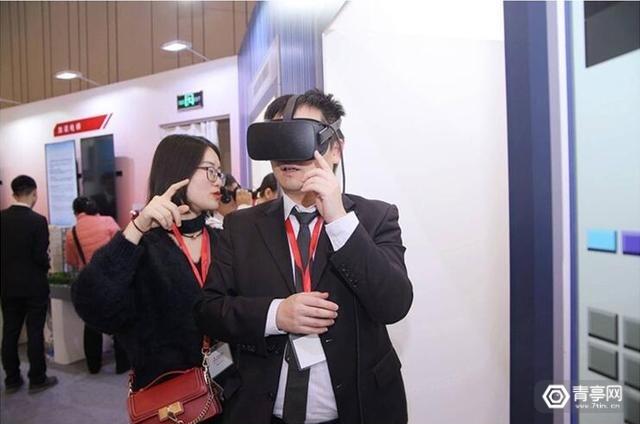 三菱电机带来世界最高速电梯VR体验