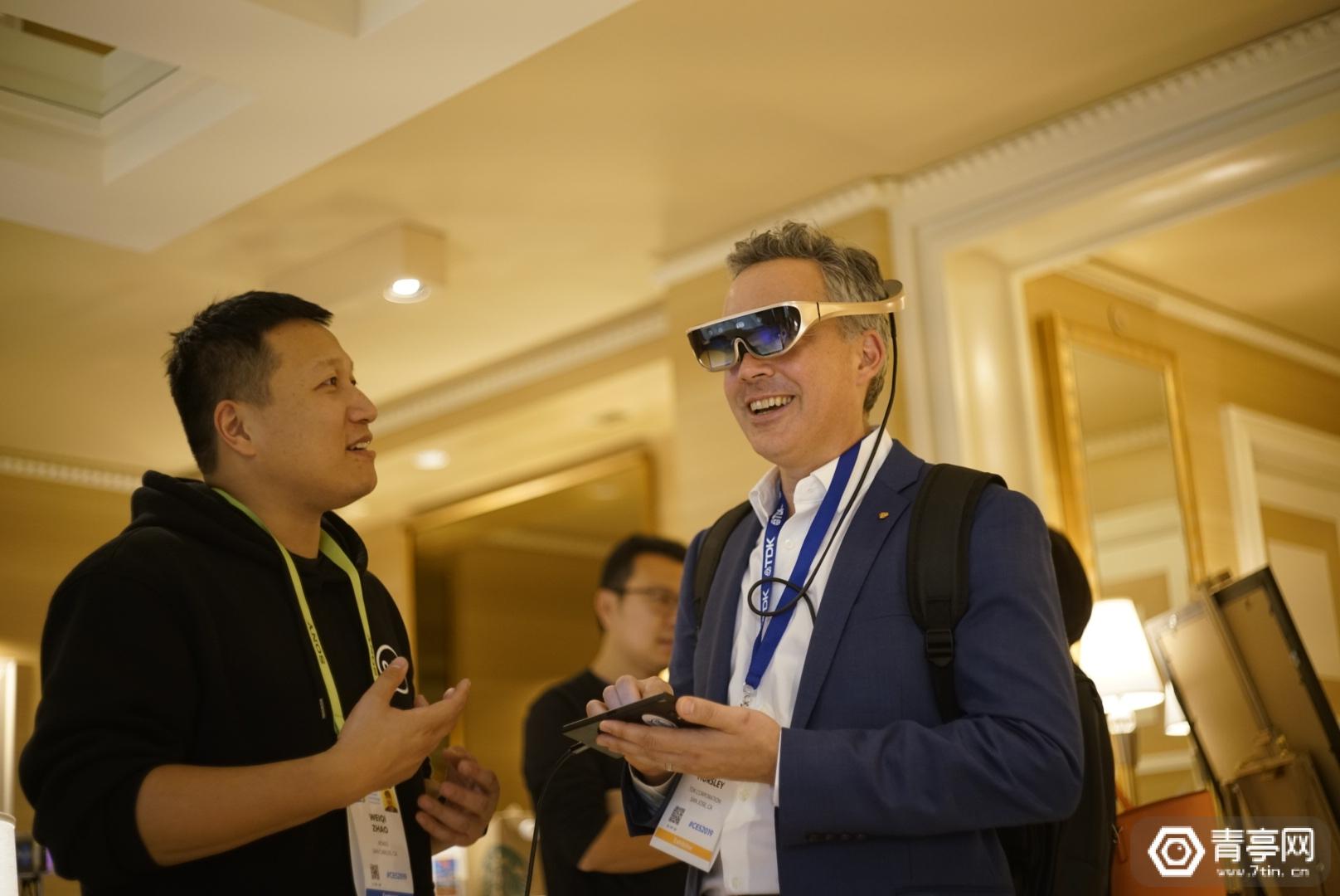 CES2019:Rokid展示Aurora AR眼镜原型机,采用WaveOptics波导