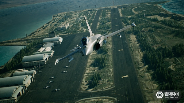 索尼演示《皇牌空战7 VR》游戏更多玩法