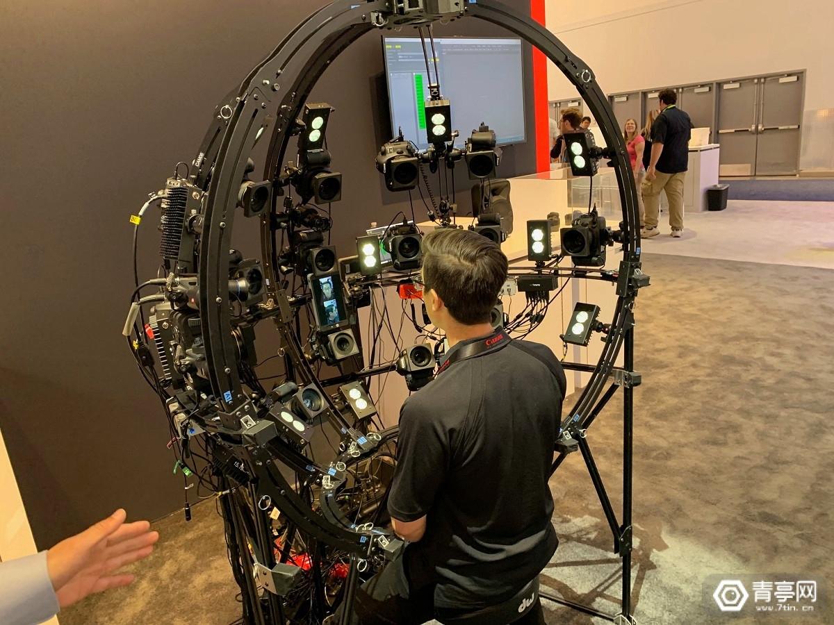 采用17台单反相机,EA自研了一套3D面部捕捉装置