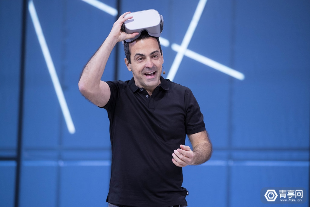 Facebook VR副总裁雨果·巴拉调岗,将打造AR/VR生态系统