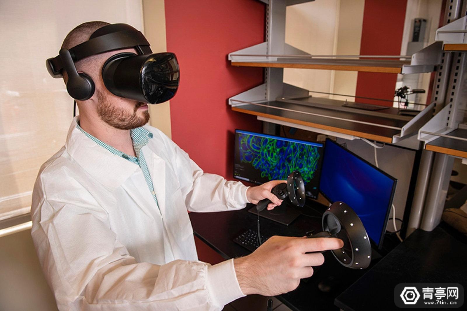 卡内基梅隆大学将VR与显微镜结合,探索三维细胞结构