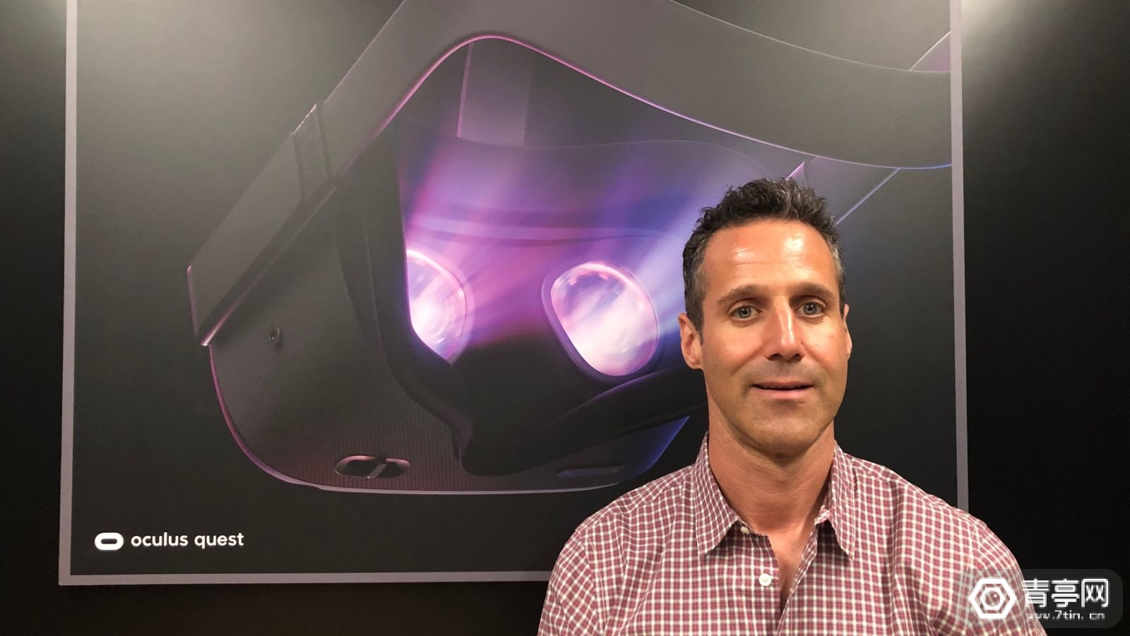 Oculus内容副总裁:正考虑与索尼PS平台合作,互通独占VR游戏