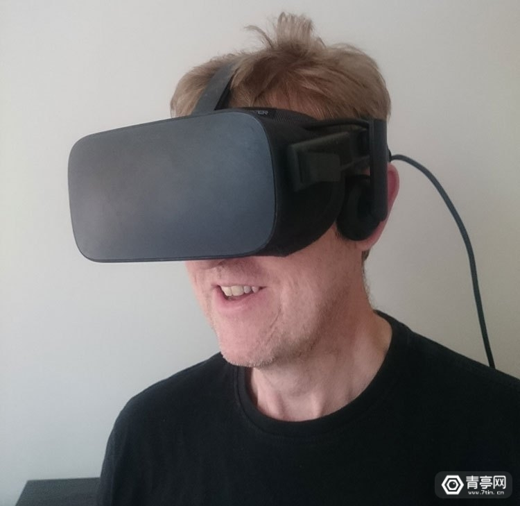 VR-Game-Player-with-Parkinsons