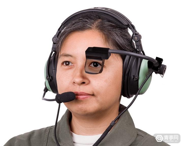 SA Photonics推出飞行员专用AR眼镜