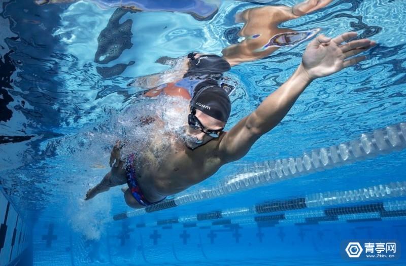 Form和Polar合作,为AR泳镜添加心率传感器图2