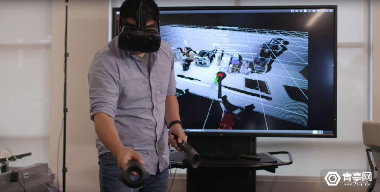 丰田研究院用VR训练家用机器人