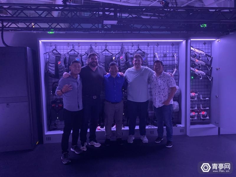 线下VR游戏《星际迷航》:一款适合团建的刺激太空枪战体验图2