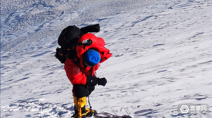 2-Pilot Era登顶珠穆朗玛峰