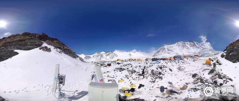 7-圆周率科技Pilot Lock三防全景相机在珠峰进行5G慢直播