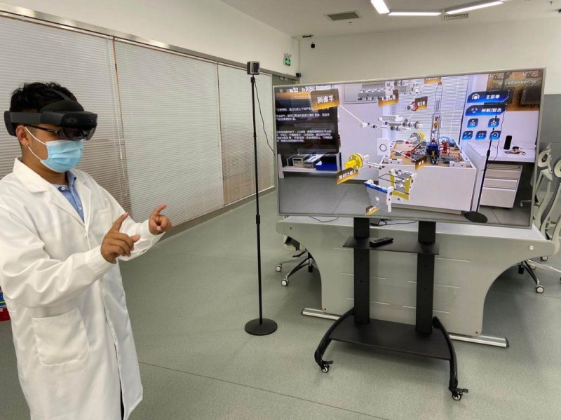 升级培训与研究,中油瑞飞携手微软HoloLens开启混合现实之旅 (2)