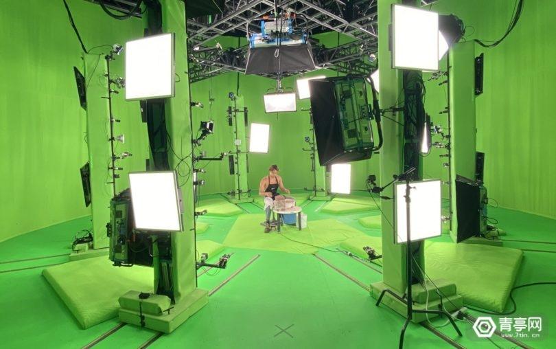 与1RIC合作,TikTok网红推出AR短视频作品