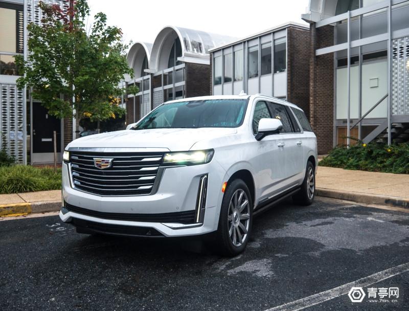 2021-Cadillac-Escalade-2