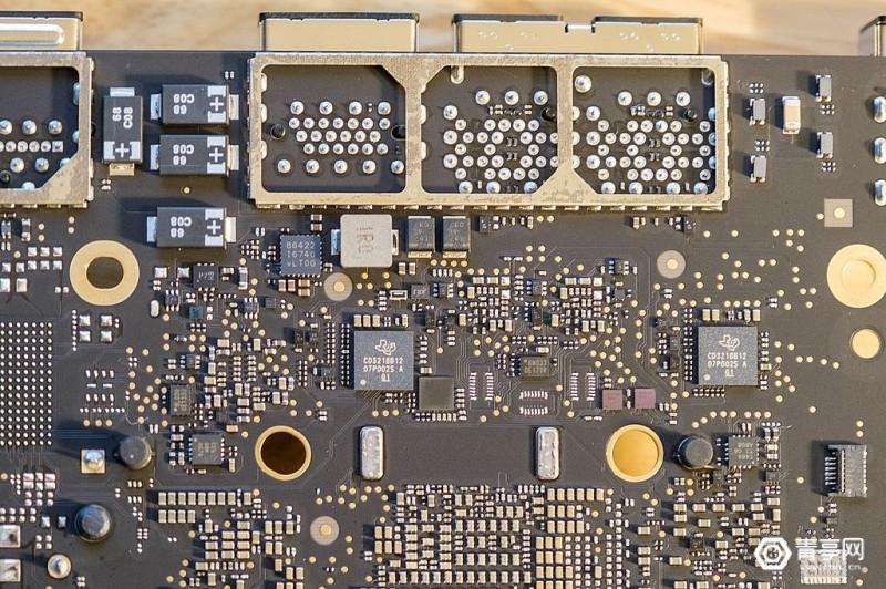 M1芯片Mac Mini拆解 (10)