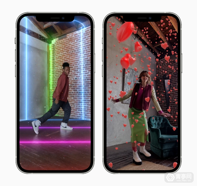 Apple_clips-adds-immersive-new-ar-spaces_iphone12pro_042621_inline.jpg.large